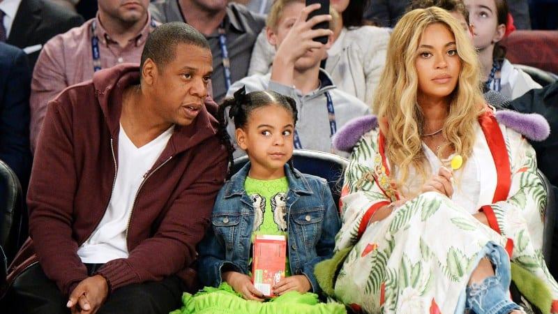 Photo de Incroyable : Beyonce et Jay-Z s'affichent nus et choquent leur fille en plein concert (vidéo)