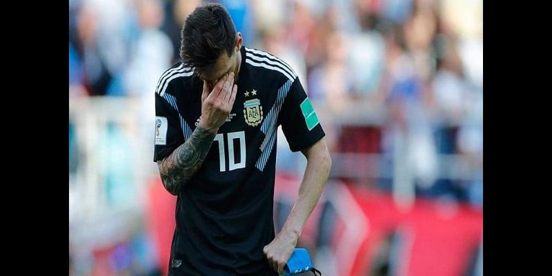 Photo de Mondial 2018-Argentine-Islande: Lionel Messi réagit après son penalty manqué