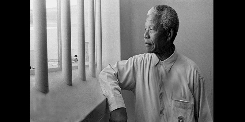 Photo de Nelson Mandela :  Une organisation s'excuse pour avoir mis aux enchères une nuit dans sa cellule