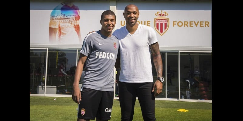 Photo de Football : Didier Deschamps compare Kylian Mbappé à Thierry Henry