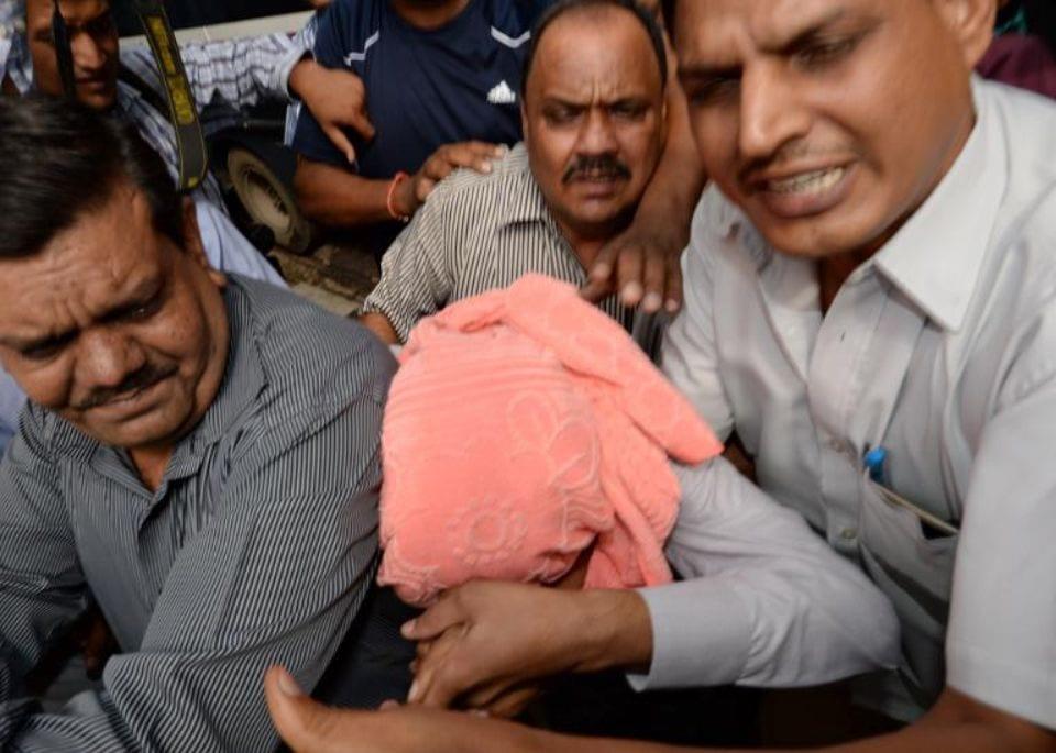 Photo de Inde : 17 personnes arrêtés après avoir violé une fillette pendant des semaines