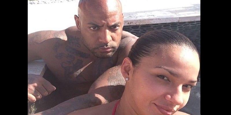 Photo de People: L'ex-femme de Booba réagit à son incarcération