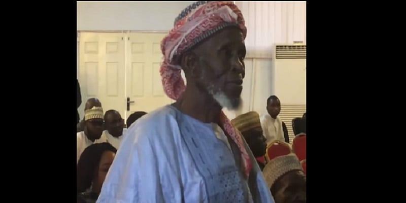Photo de Nigeria: les États-Unis honorent un imam qui a sauvé des chrétiens lors d'un massacre