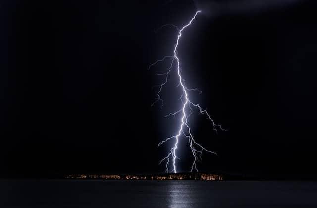 Photo de Conseil: 5 choses à ne pas faire en cas d'orage!