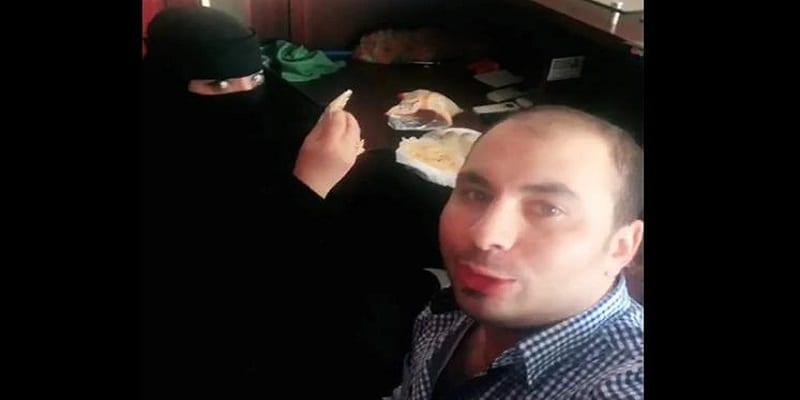 Photo de Arabie Saoudite: un homme arrêté pour avoir mangé avec une femme voilée