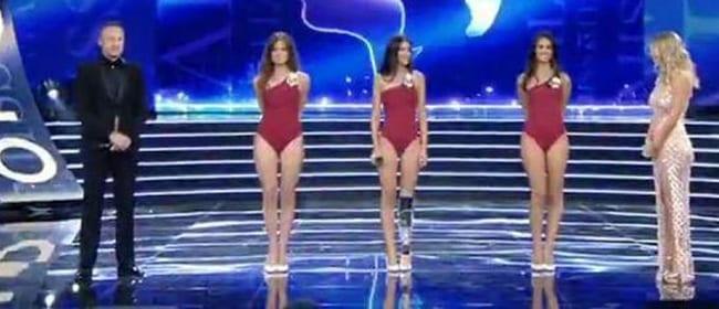 Photo de Figurant sur le podium de Miss Italie, une handicapée est vivement insultée en ligne