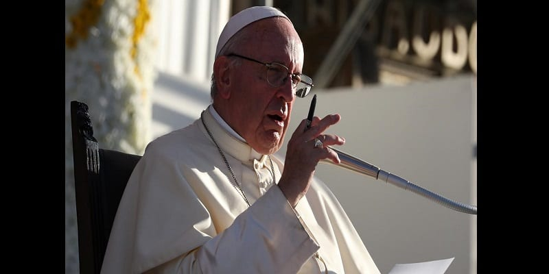 Photo de Chili: Le pape François démet un prêtre de ses fonctions
