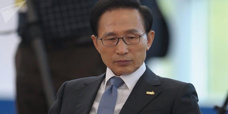 Photo de Corée du Sud: L'ex président Lee Myung-bak condamné à 15 ans de prison