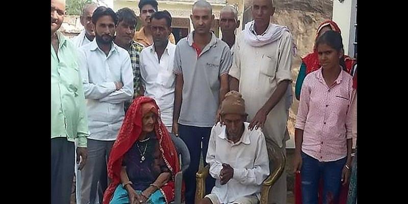 Photo de Inde: Un homme de 95 ans déclaré mort surprend la foule à ses funérailles