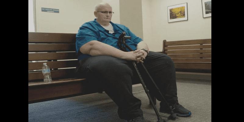 Photo de Paul Mason, l'ancien homme le plus gros du monde pris en flagrant délit de vol