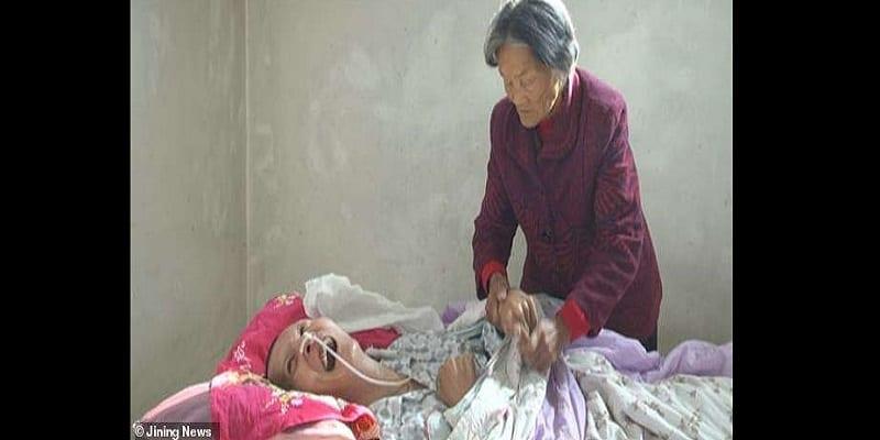 Photo de Chine: Un homme se réveille après 12 ans de coma -Photos