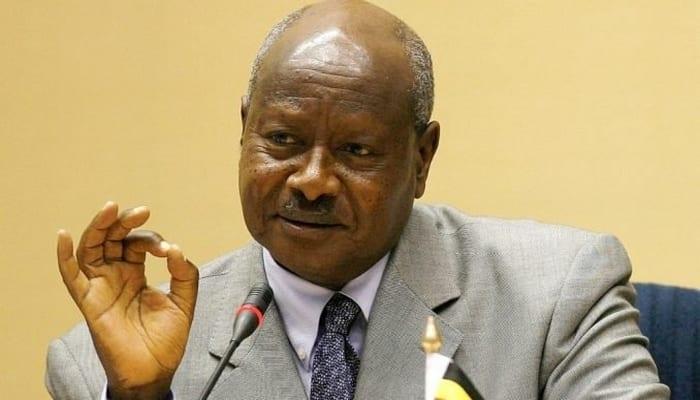 Photo de «Les hommes ne doivent pas cuisiner», dixit le président Museveni
