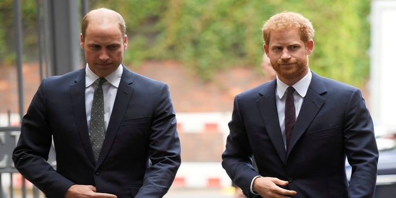 Photo de People: La tension monte entre le prince Harry et son frère William