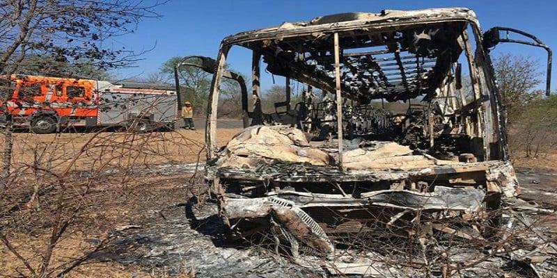 Photo de Zimbabwe: L'incendie d'un bus fait plusieurs dizaines de morts