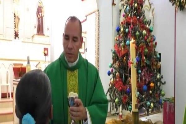Photo de Espagne: Un faux prêtre catholique démasqué après plus de 18 ans d'exercice