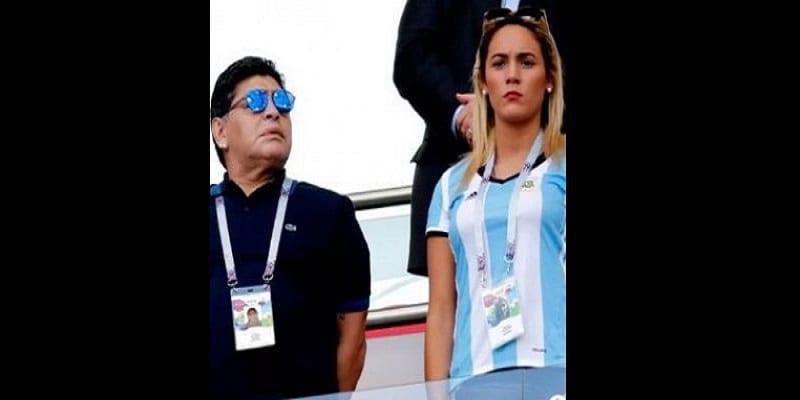 Photo de Diego Maradona: sa jeune fiancée le chasse de la maison qu'il lui a achetée