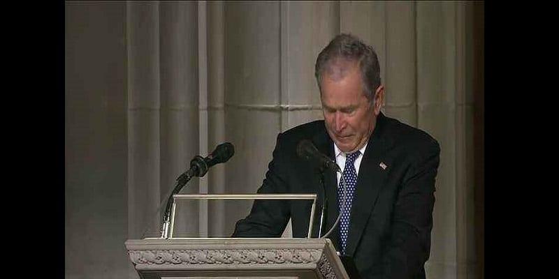 Photo de Funérailles de George H.W. Bush: Son fils lui rend un vibrant hommage