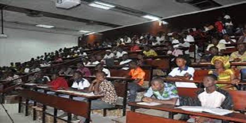 Photo de Côte d'Ivoire: Ce que prévoit l'Etat pour les entreprises accueillant des élèves et étudiants stagiaires