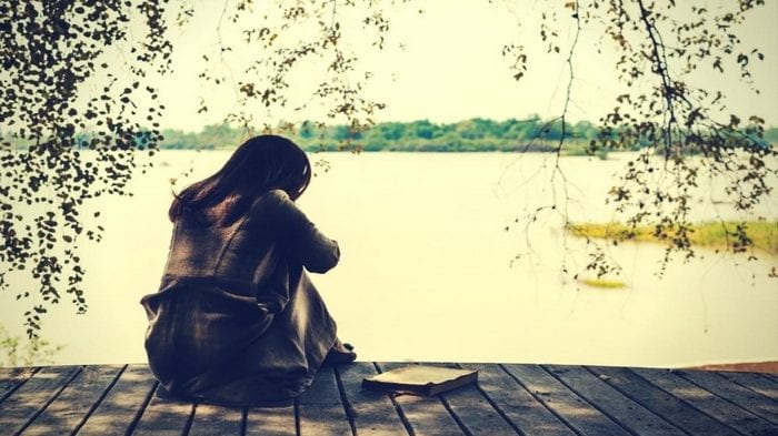 cropped-femme-triste.jpg
