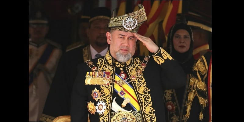 malaysia-s-king-abdicates-in-unexpected-and-rare-move__644517_