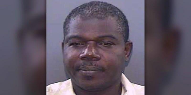 Photo de USA: Un homme arrêté pour avoir visionné une vidéo porno devant les élèves