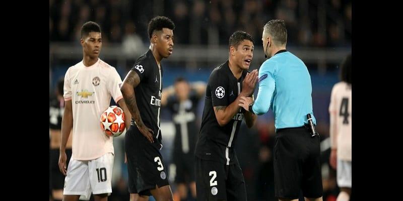 Photo de PSG-Manchester United : l'UEFA justifie le penalty accordée aux Red Devils