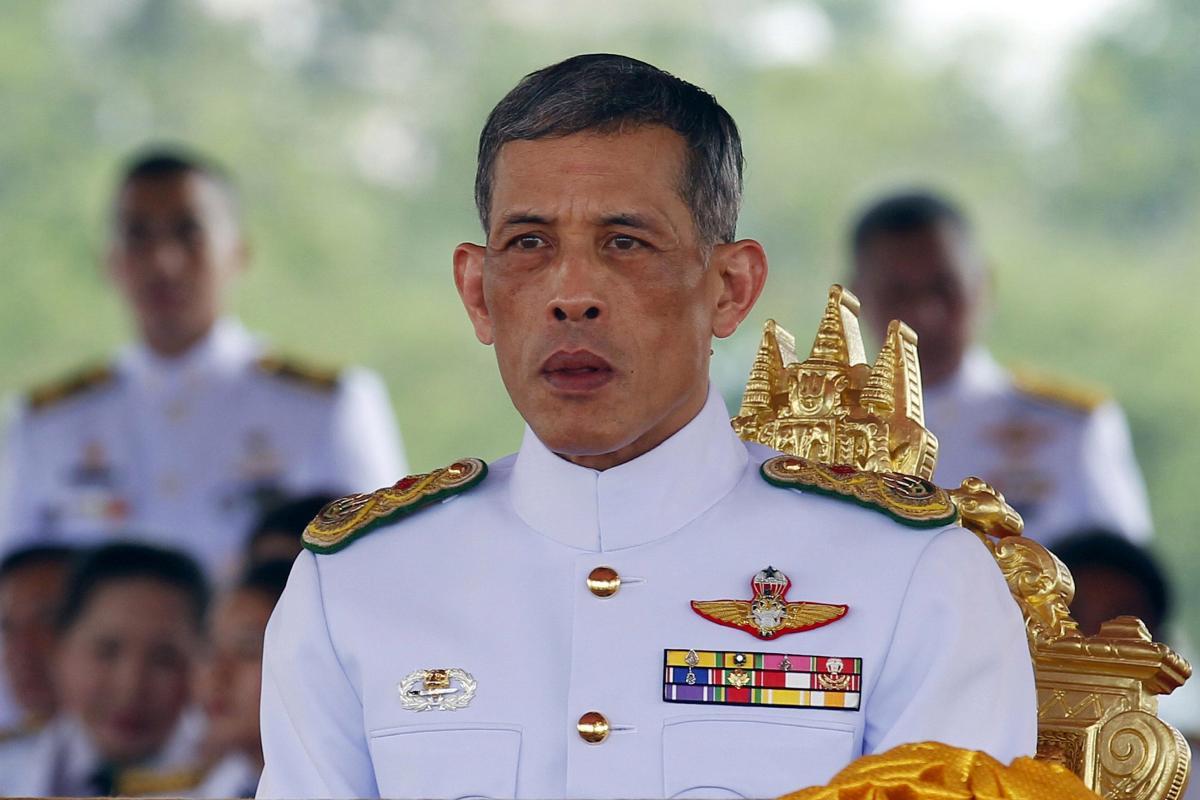 Photo de Thaïlande : Le roi limoge un membre de son personnel pour adultère
