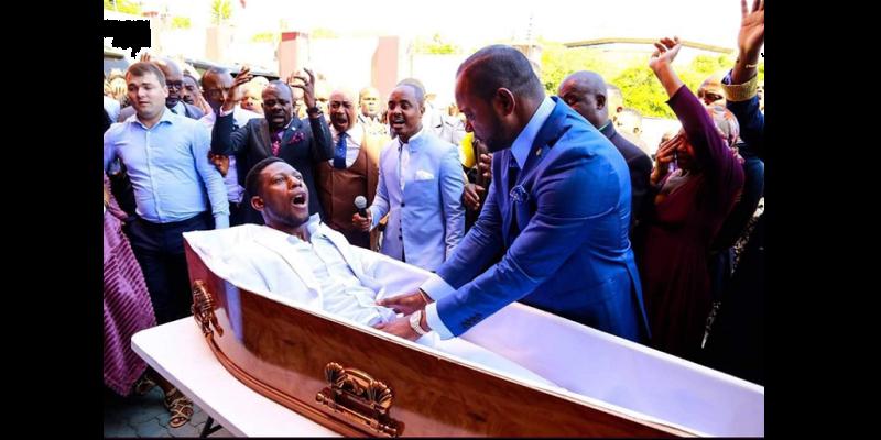 Photo de Le pasteur Alph Lukau exprime ses regrets et explique comment les faits se sont déroulés
