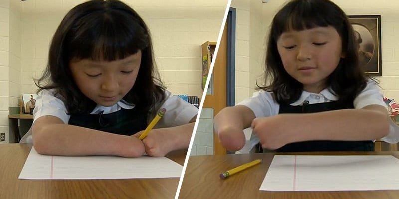 Photo de Inspiration: Née sans mains, elle remporte un concours national d'écriture manuscrite