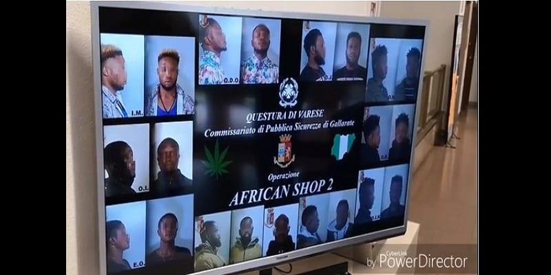 Photo de Italie: 10 trafiquants de drogue africains arrêtés par la police (vidéo)