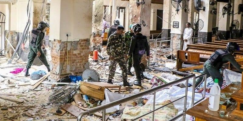 Photo de Sri Lanka: Le gouvernement bloque les médias sociaux après les explosions meurtrières