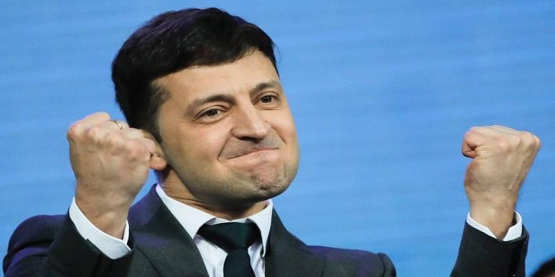 Photo de Ukraine: un comédien remporte les élections présidentielles