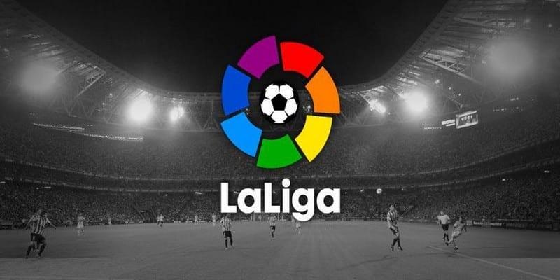 Photo de Football-Trucage de matches: plusieurs joueurs espagnols de première et deuxième division arrêtés