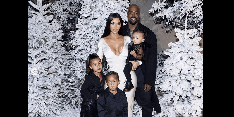 Photo de Kim Kardashian et Kanye West parents d'un quatrième enfant