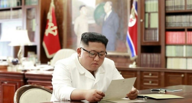 Photo de Kim Jong Un reçoit une lettre « excellente » de Donald Trump