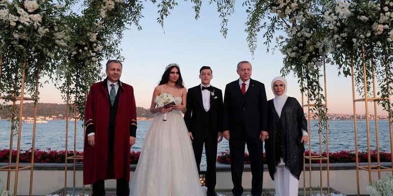 Photo de Le président Turc, Erdogan témoin de mariage de Mesut Özil