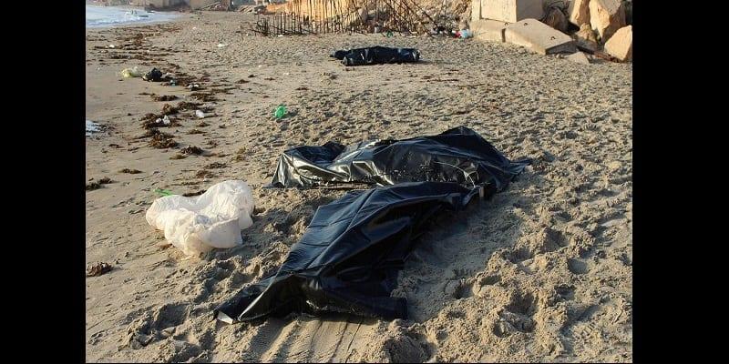 Photo de 62 corps de migrants retrouvés au large des côtes Libyennes après le pire naufrage de l'année (vidéo)