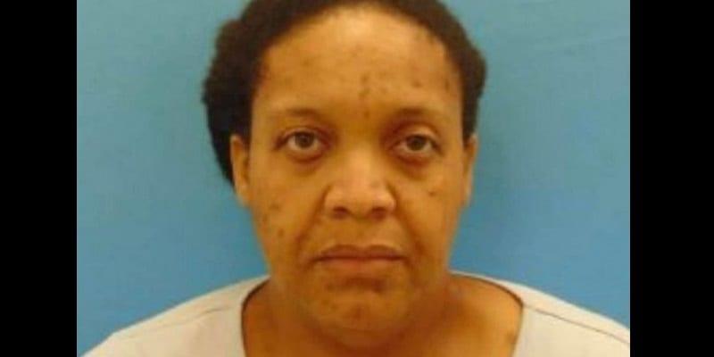 Photo de Une femme arrêtée pour avoir passé 3 années avec le cadavre de sa mère