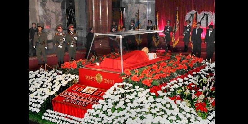 Photo de Corée du Nord: Kim Jong-un dépenserait 400000 dollars pour garder le corps de son père gelé dans la glace