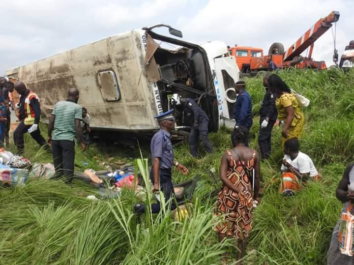 Photo de Côte d'Ivoire : Un accident de la circulation fait trente blessés à Abidjan