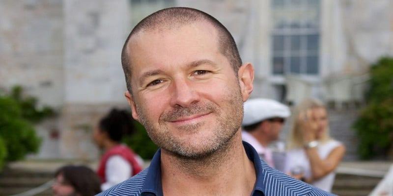 Photo de Sir Jonathan Ive, le célèbre designer de l'iPhone, quitte Apple