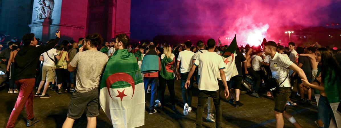 Photo de Manifestations des supporters algériens en France : l'opposition réagit