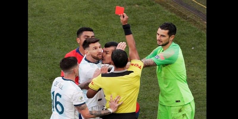 Photo de Copa America: Lionel Messi pourrait écoper de deux ans de suspension