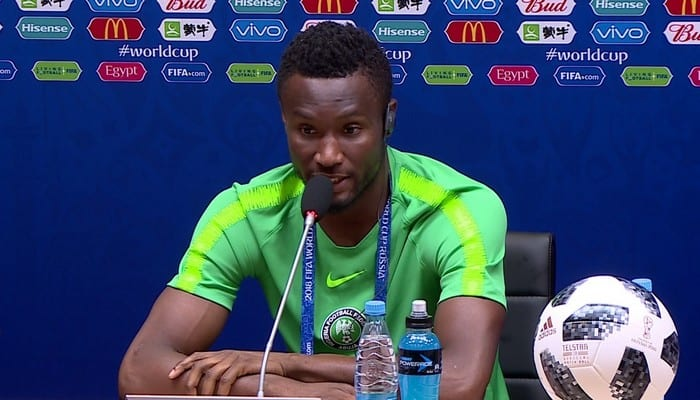 Photo de Football: John Obi Mikel met un terme à sa carrière internationale
