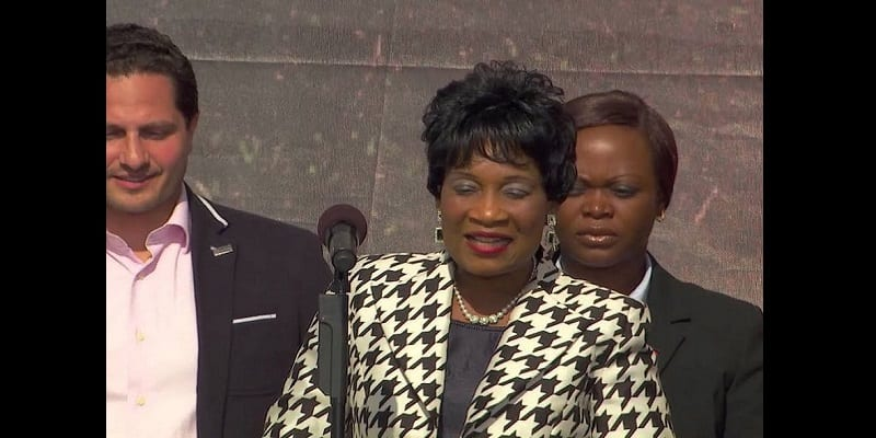 Photo de Malawi: la Première dame dépense 98300 $ pour la cérémonie de remise de diplôme de son fils à Londres