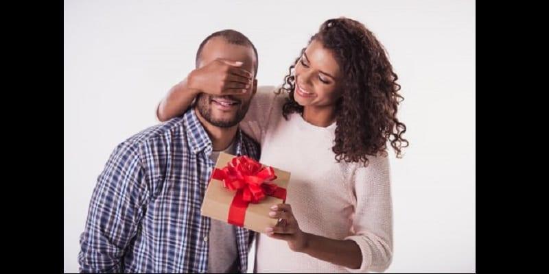 Photo de Mesdames: 10 choses que vous pouvez faire pour surprendre votre homme