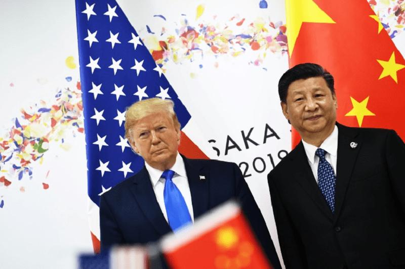 Photo de Donald Trump ordonne aux entreprises américaines de quitter la Chine