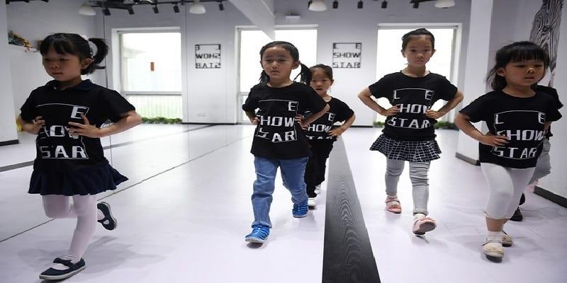 Photo de Chine: ces enfants-mannequins de 4 ans qui travaillent jusqu'à 12 heures d'affilée