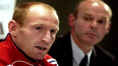Photo de La légende du Rugby, Gareth Thomas, révèle au monde sa séropositivité