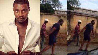 Photo de Ghana: Candidat aux élections législatives, John Dumelo pousse une charrette à ordures (Vidéo)